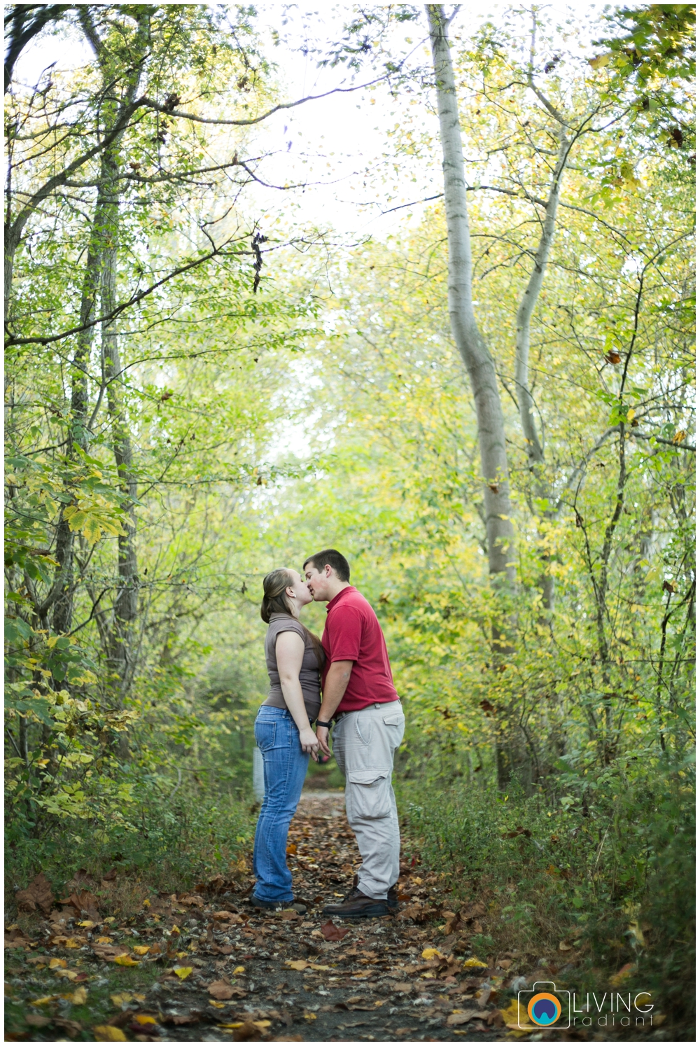 holley-ray-engaged-outdoor-engagement-session-woods-water-state-park-living-radiant-photography_0006.jpg