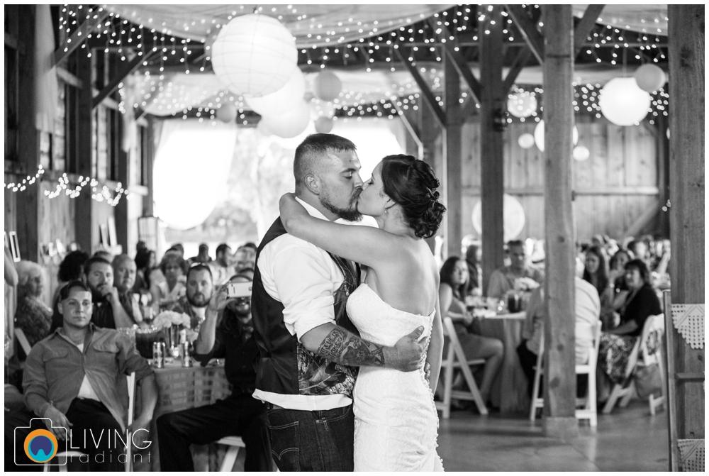 shannon-bill-bowers-wedding-living-radiant-photography-union-mills-homestead_0025.jpg