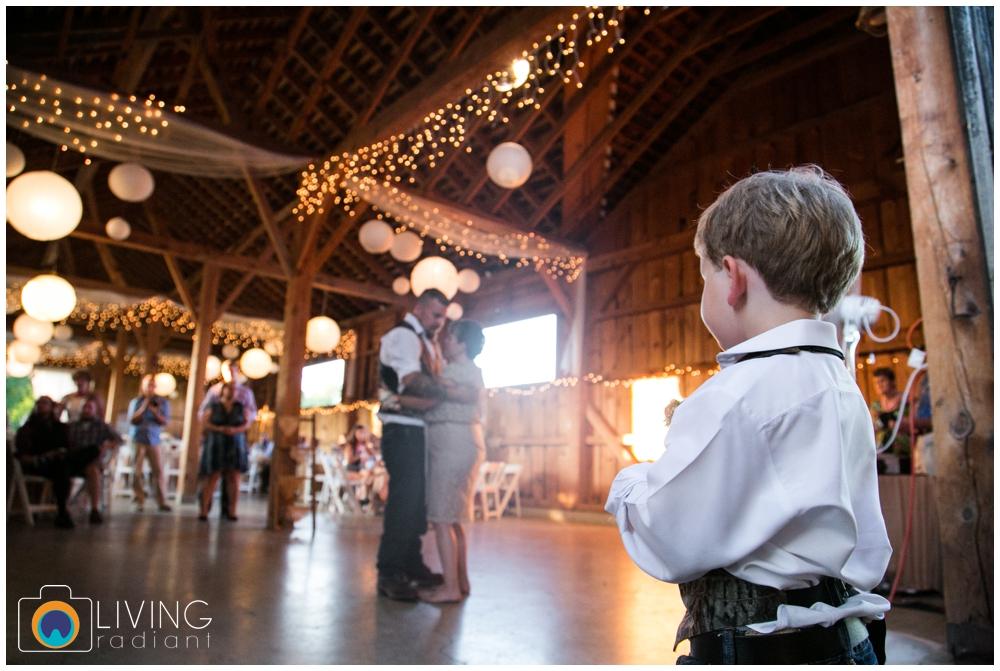 shannon-bill-bowers-wedding-living-radiant-photography-union-mills-homestead_0027.jpg