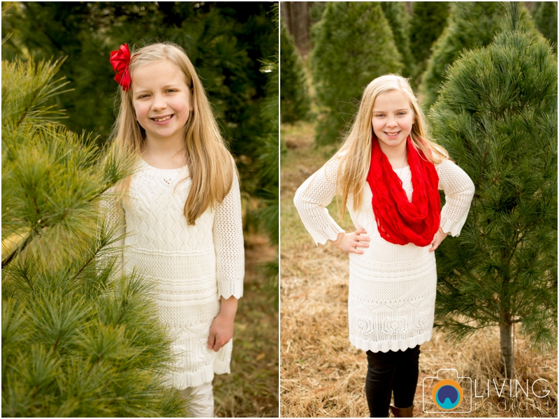 Higgins-Family-Tree-Farm-Family-Session-outdoor-living-radiant-photography_0011.jpg