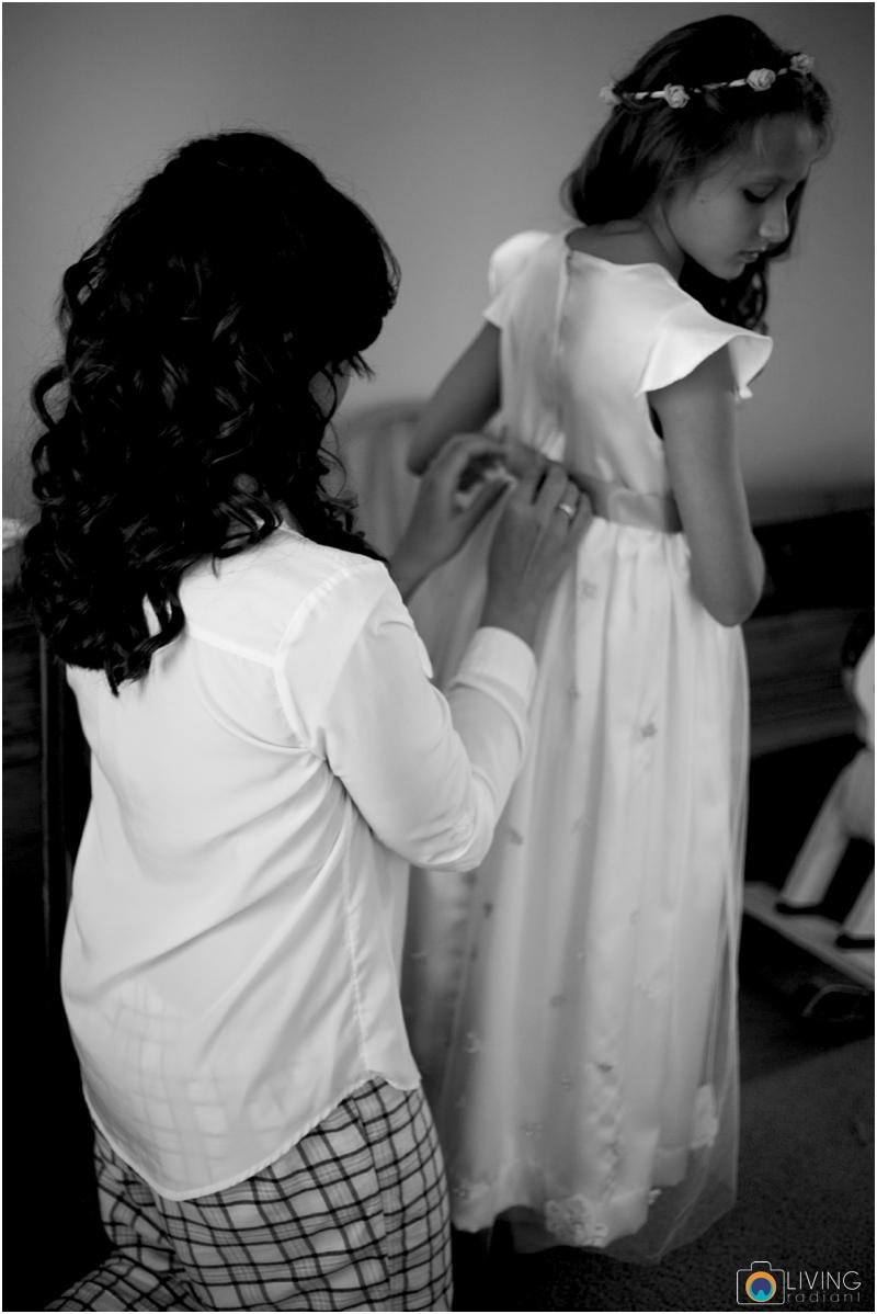 living-radiant-photography-marybeth-brad-wedding-pennsylvania-best-wedding-photographer_0012.jpg