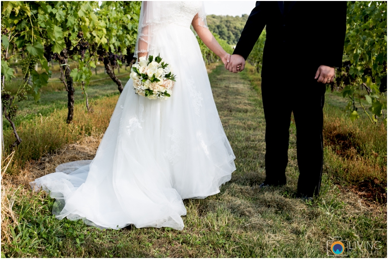 living-radiant-photography-marybeth-brad-wedding-pennsylvania-best-wedding-photographer_0016.jpg