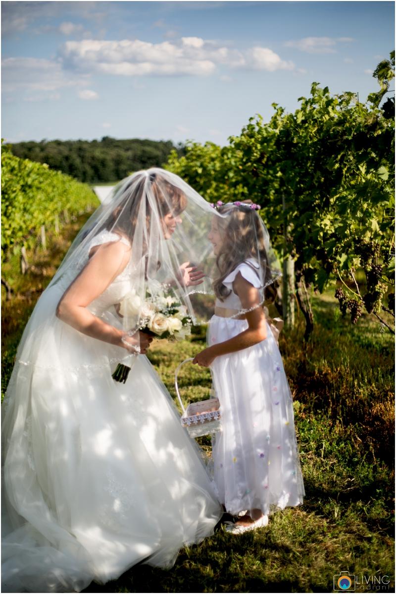 living-radiant-photography-marybeth-brad-wedding-pennsylvania-best-wedding-photographer_0020.jpg