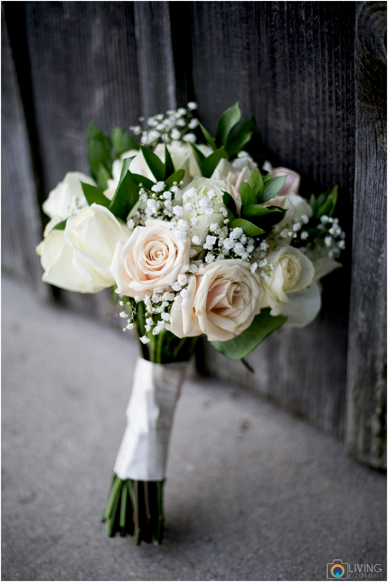 living-radiant-photography-marybeth-brad-wedding-pennsylvania-best-wedding-photographer_0049.jpg