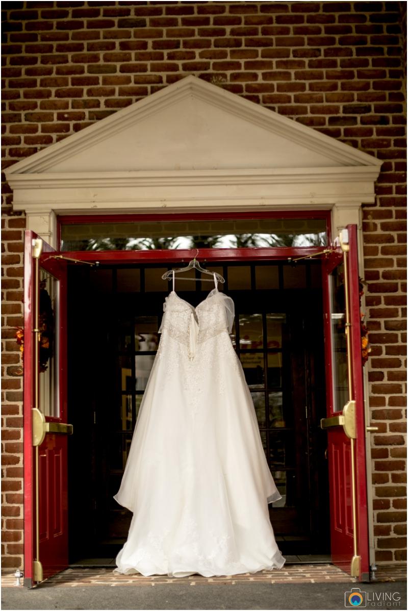 Kevin-Cassie-Pennsylvania-Littlestown-Chapel-Wedding-Living-Radiant-Photography_0002.jpg
