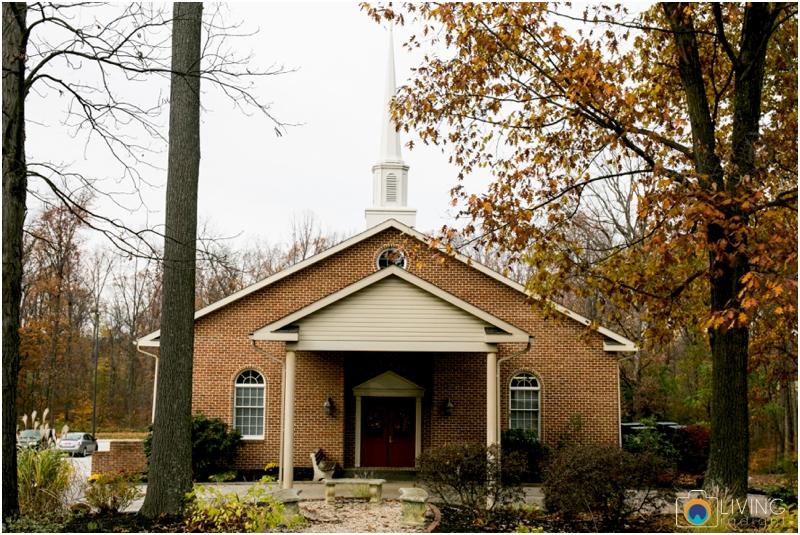 Kevin-Cassie-Pennsylvania-Littlestown-Chapel-Wedding-Living-Radiant-Photography_0006.jpg