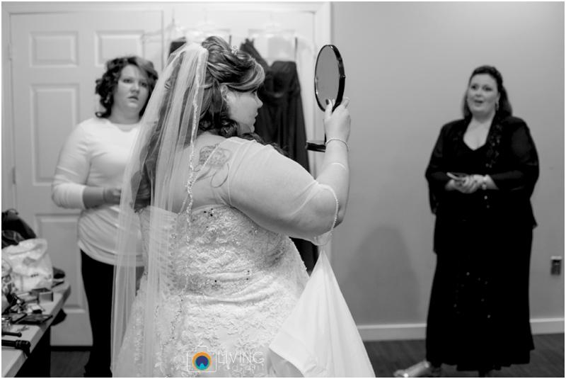 Kevin-Cassie-Pennsylvania-Littlestown-Chapel-Wedding-Living-Radiant-Photography_0009.jpg