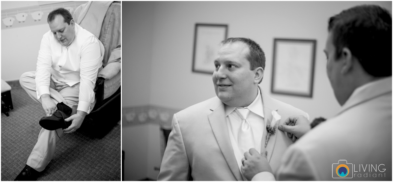 Kevin-Cassie-Pennsylvania-Littlestown-Chapel-Wedding-Living-Radiant-Photography_0012.jpg