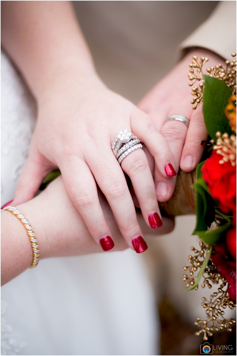 Kevin-Cassie-Pennsylvania-Littlestown-Chapel-Wedding-Living-Radiant-Photography_0027.jpg