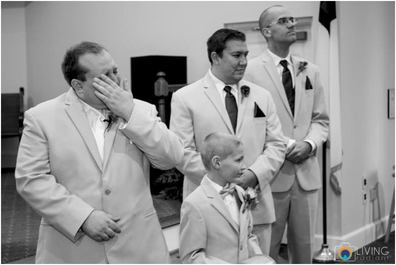 Kevin-Cassie-Pennsylvania-Littlestown-Chapel-Wedding-Living-Radiant-Photography_0039.jpg