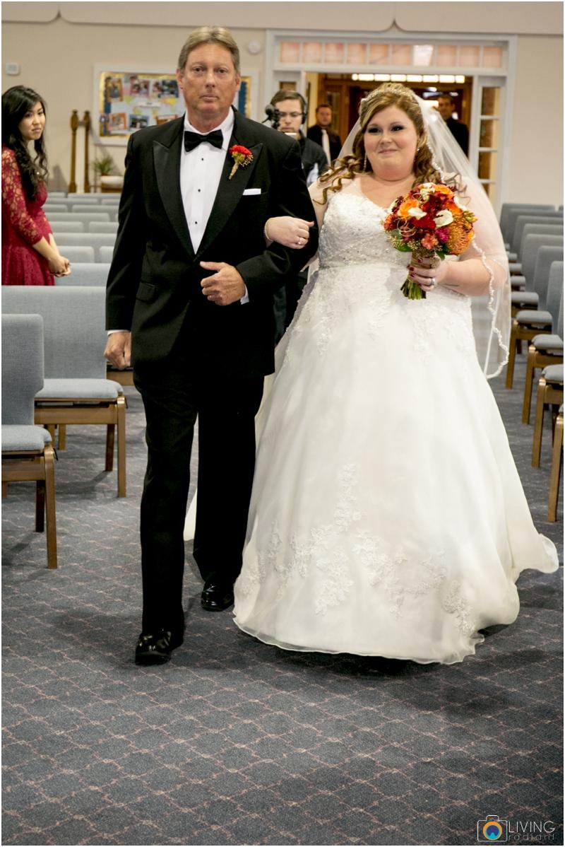 Kevin-Cassie-Pennsylvania-Littlestown-Chapel-Wedding-Living-Radiant-Photography_0040.jpg