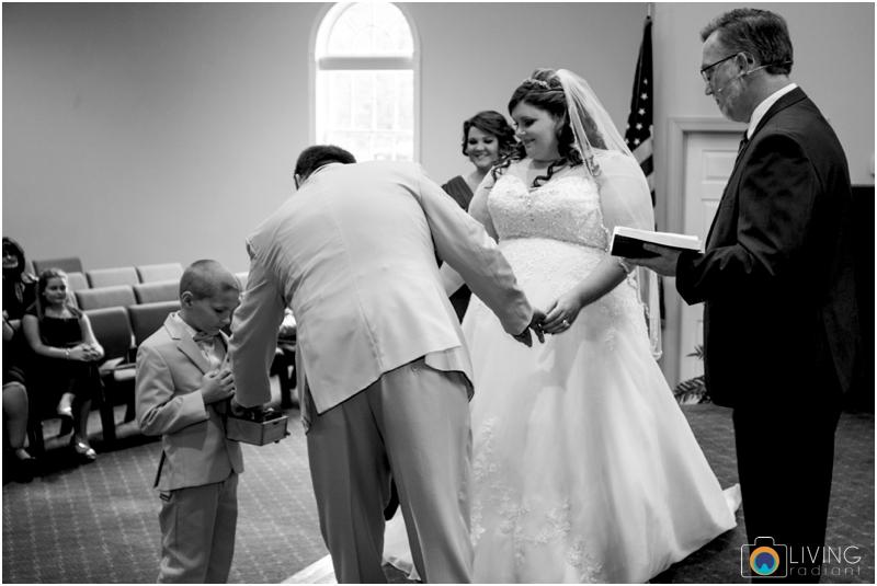 Kevin-Cassie-Pennsylvania-Littlestown-Chapel-Wedding-Living-Radiant-Photography_0042.jpg