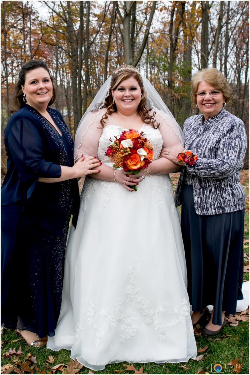 Kevin-Cassie-Pennsylvania-Littlestown-Chapel-Wedding-Living-Radiant-Photography_0056c.jpg