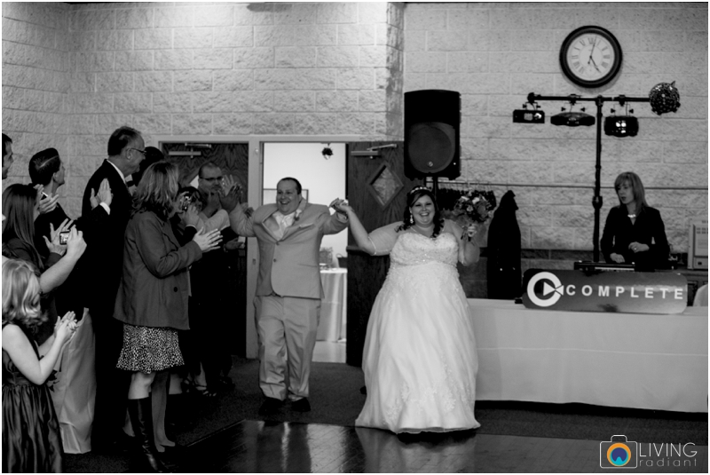 Kevin-Cassie-Pennsylvania-Littlestown-Chapel-Wedding-Living-Radiant-Photography_0074.jpg