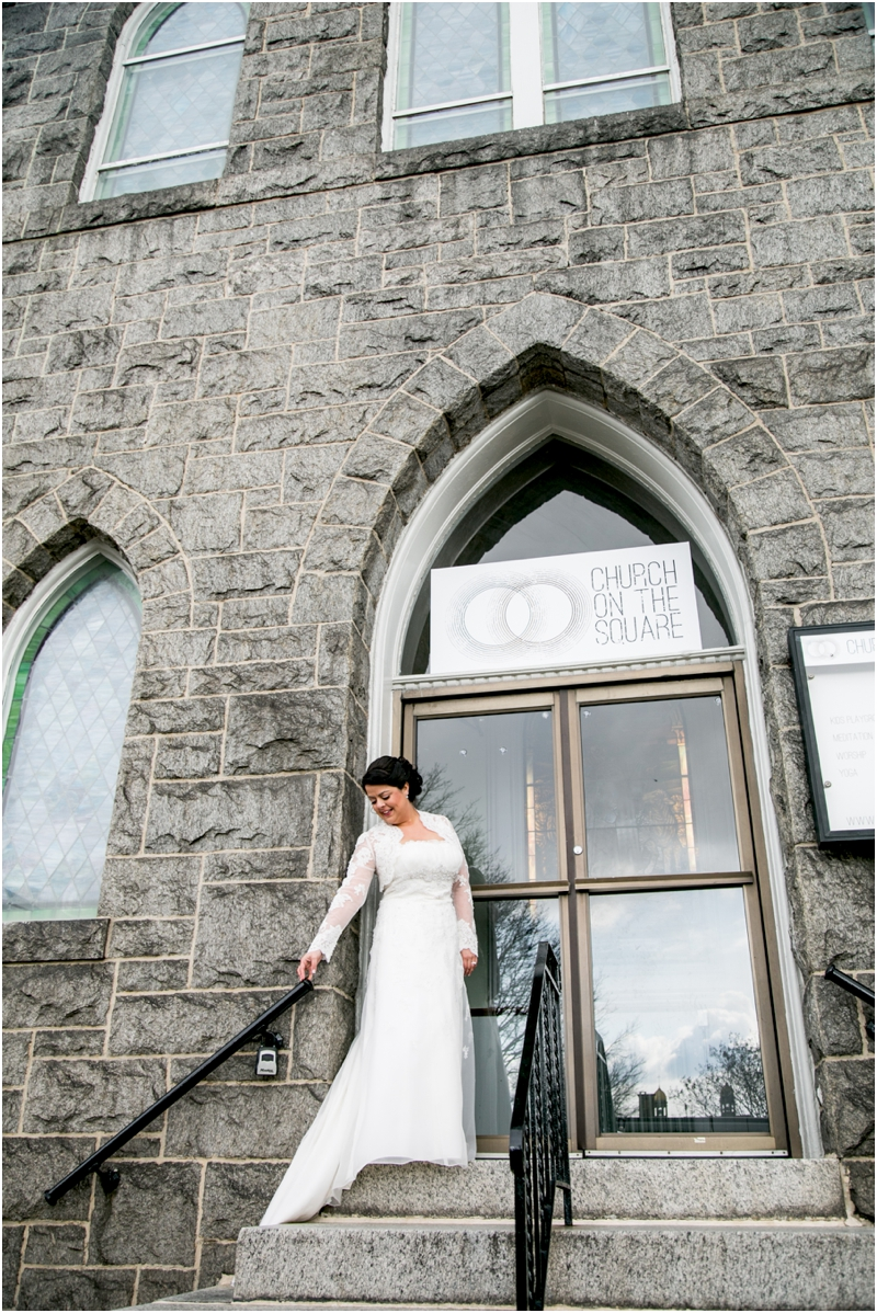 jason-liz-gill-wedding-tabrizis-downtown-baltimore-inner-harbor-living-radiant-photography-weddings-federal-hill-canton-square_0041.jpg