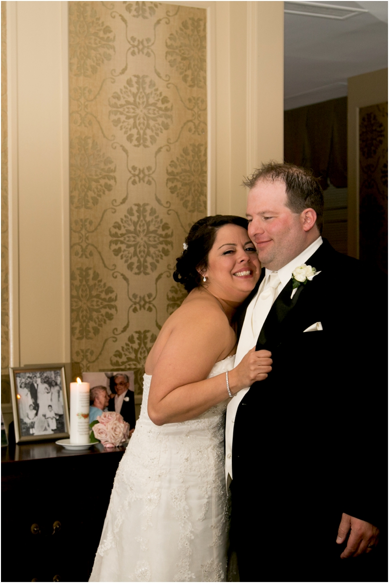 jason-liz-gill-wedding-tabrizis-downtown-baltimore-inner-harbor-living-radiant-photography-weddings-federal-hill-canton-square_0079.jpg