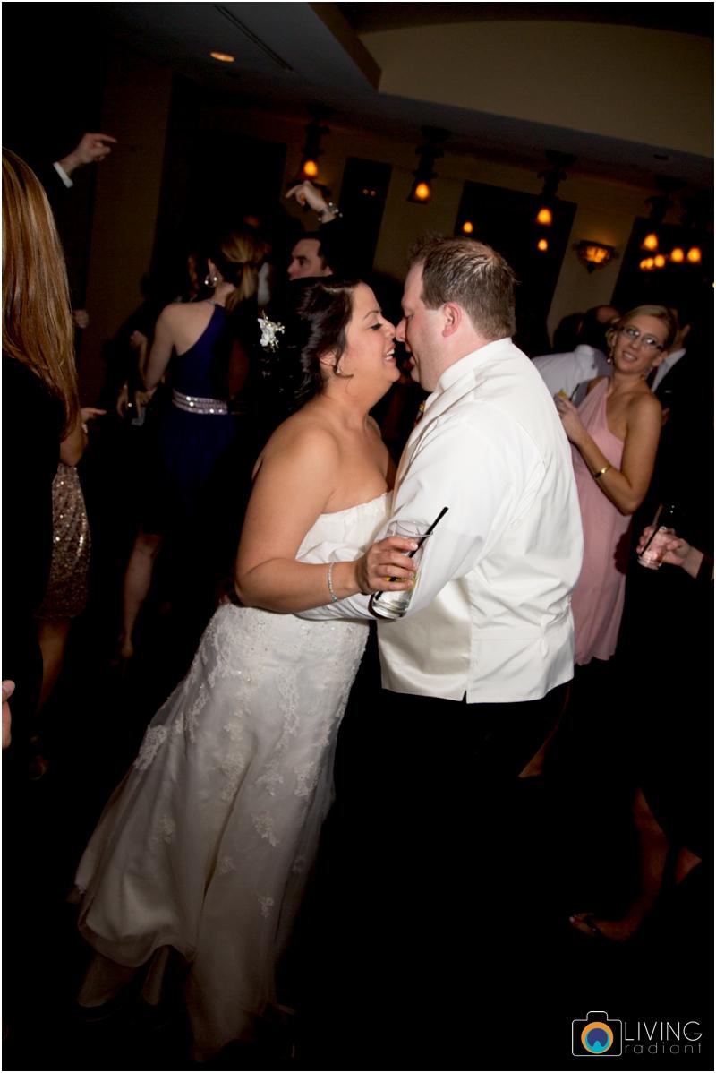 jason-liz-gill-wedding-tabrizis-downtown-baltimore-inner-harbor-living-radiant-photography-weddings-federal-hill-canton-square_0085.jpg
