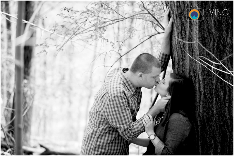 laurie-kevin-engagement-session-patapsco-state-park-ellicott-city-maryland-baltimore-outdoor-living-radiant-photography-maggie-nolan-patrick-nolan_0006.jpg