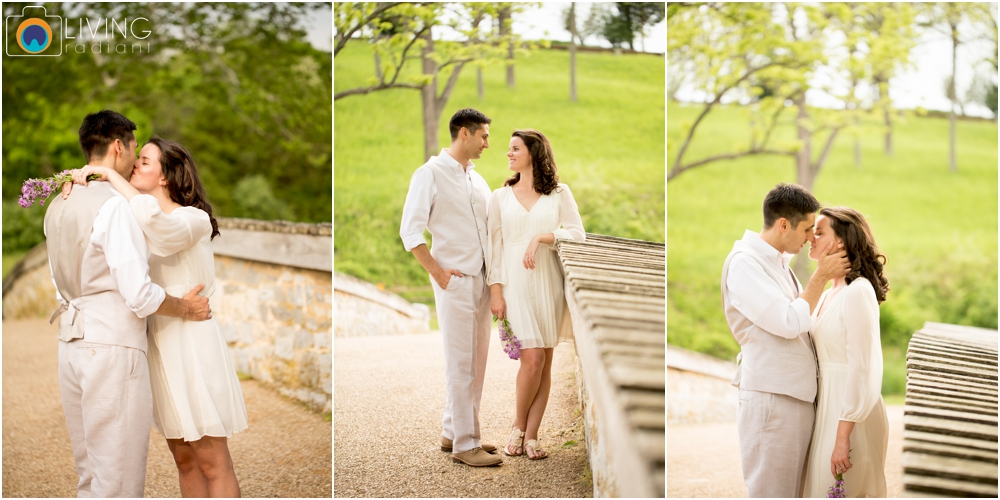 heather-carlos-outdoor-Antietam-National-Battlefield-engagement-session-living-radiant-phootgraphy-best-maryland-wedding-photographer_0002.jpg