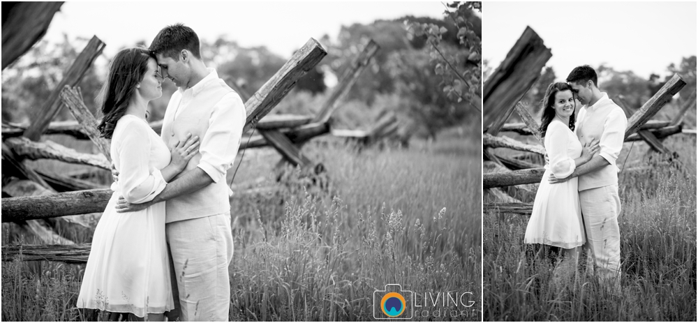 heather-carlos-outdoor-Antietam-National-Battlefield-engagement-session-living-radiant-phootgraphy-best-maryland-wedding-photographer_0028.jpg