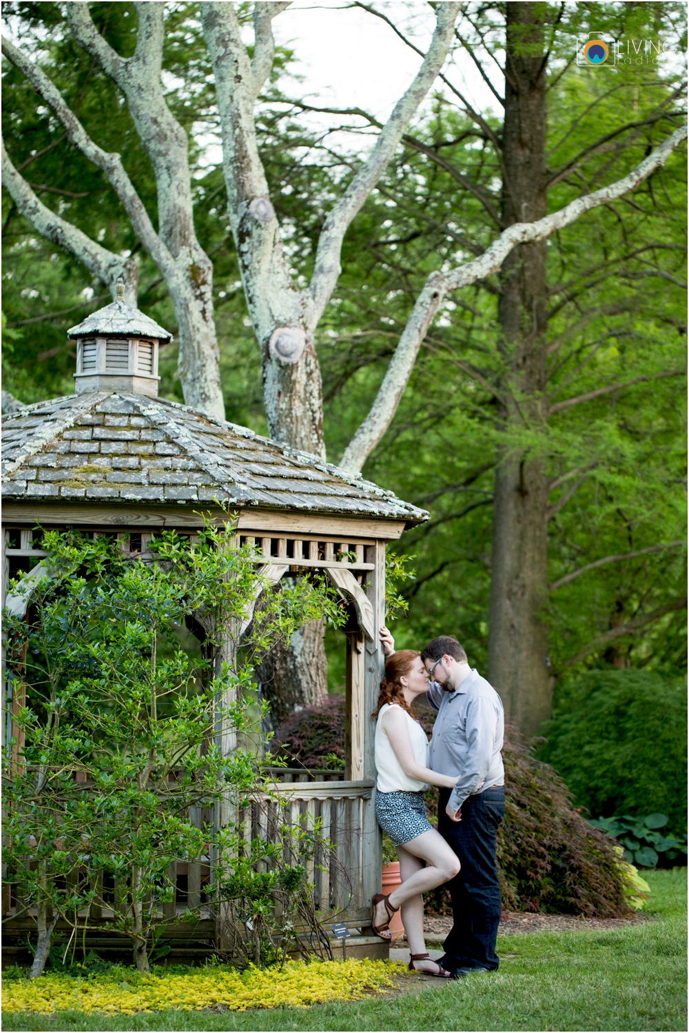 miriam-michael-engaged-clyburn-arboretum-engagement-session-baltimore-outdoor-flowers-living-radiant-photography-maggie-patrick-nolan_0045.jpg