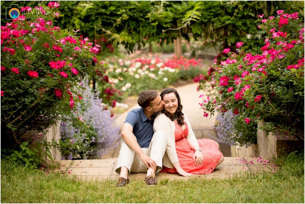 melissa-chris-brookside-gardens-engagement-session-outdoor-gardens-living-radiant-photography-maggie-patrick-nolan_0004.jpg