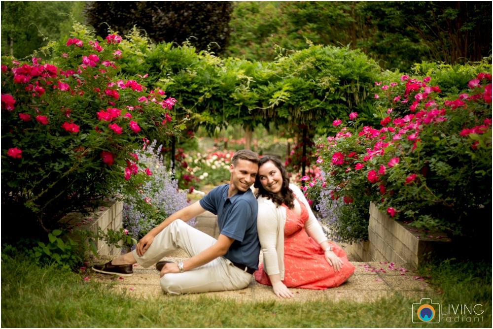 melissa-chris-brookside-gardens-engagement-session-outdoor-gardens-living-radiant-photography-maggie-patrick-nolan_0005.jpg