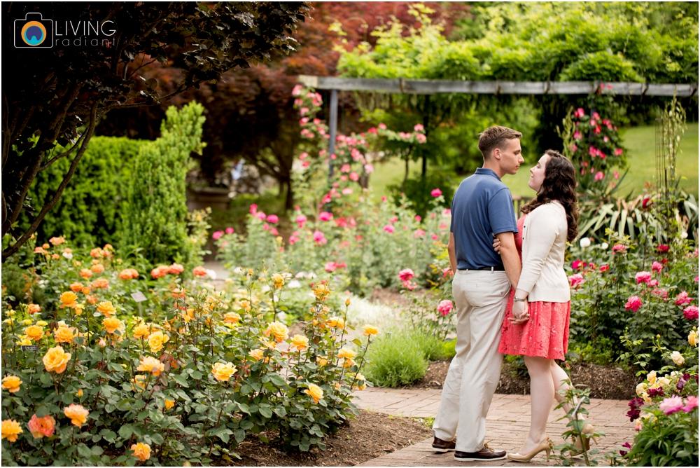 melissa-chris-brookside-gardens-engagement-session-outdoor-gardens-living-radiant-photography-maggie-patrick-nolan_0010.jpg