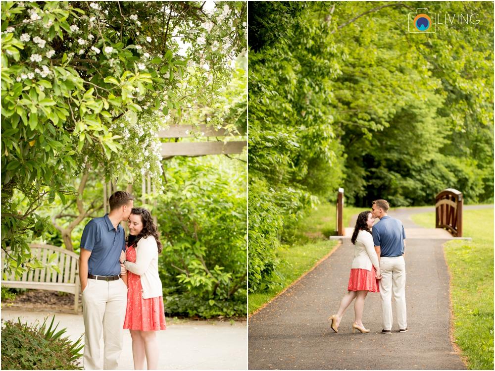 melissa-chris-brookside-gardens-engagement-session-outdoor-gardens-living-radiant-photography-maggie-patrick-nolan_0015.jpg