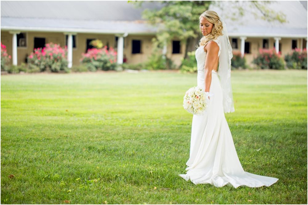 Justin Tiffany Inverness Farms Wedding Living Radiant Photography photos_0035.jpg