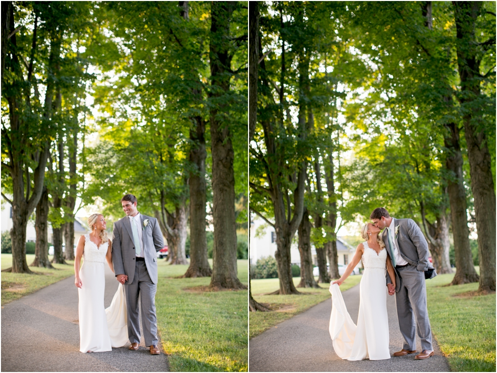 Justin Tiffany Inverness Farms Wedding Living Radiant Photography photos_0102.jpg