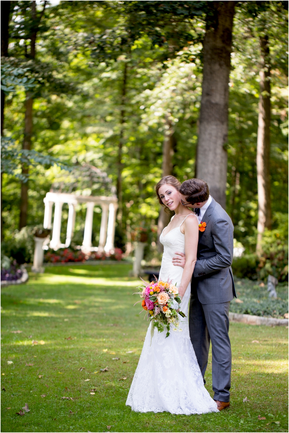 daniel chrissy gramercy mansion outdoor garden wedding living radiant photography_0108.jpg