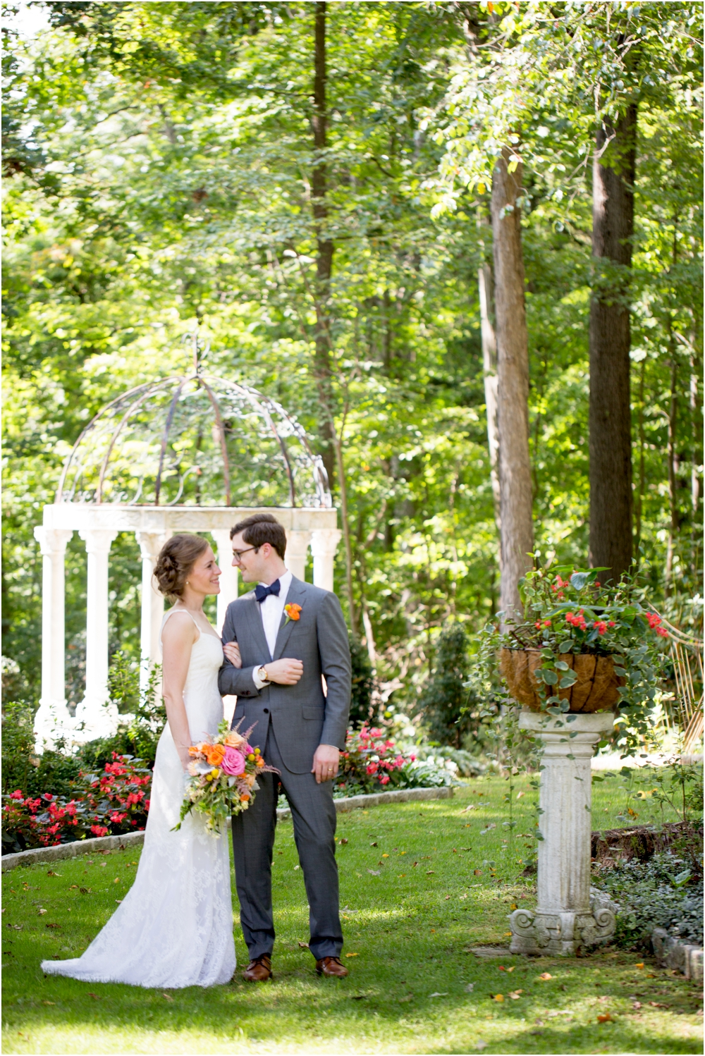 daniel chrissy gramercy mansion outdoor garden wedding living radiant photography_0116.jpg