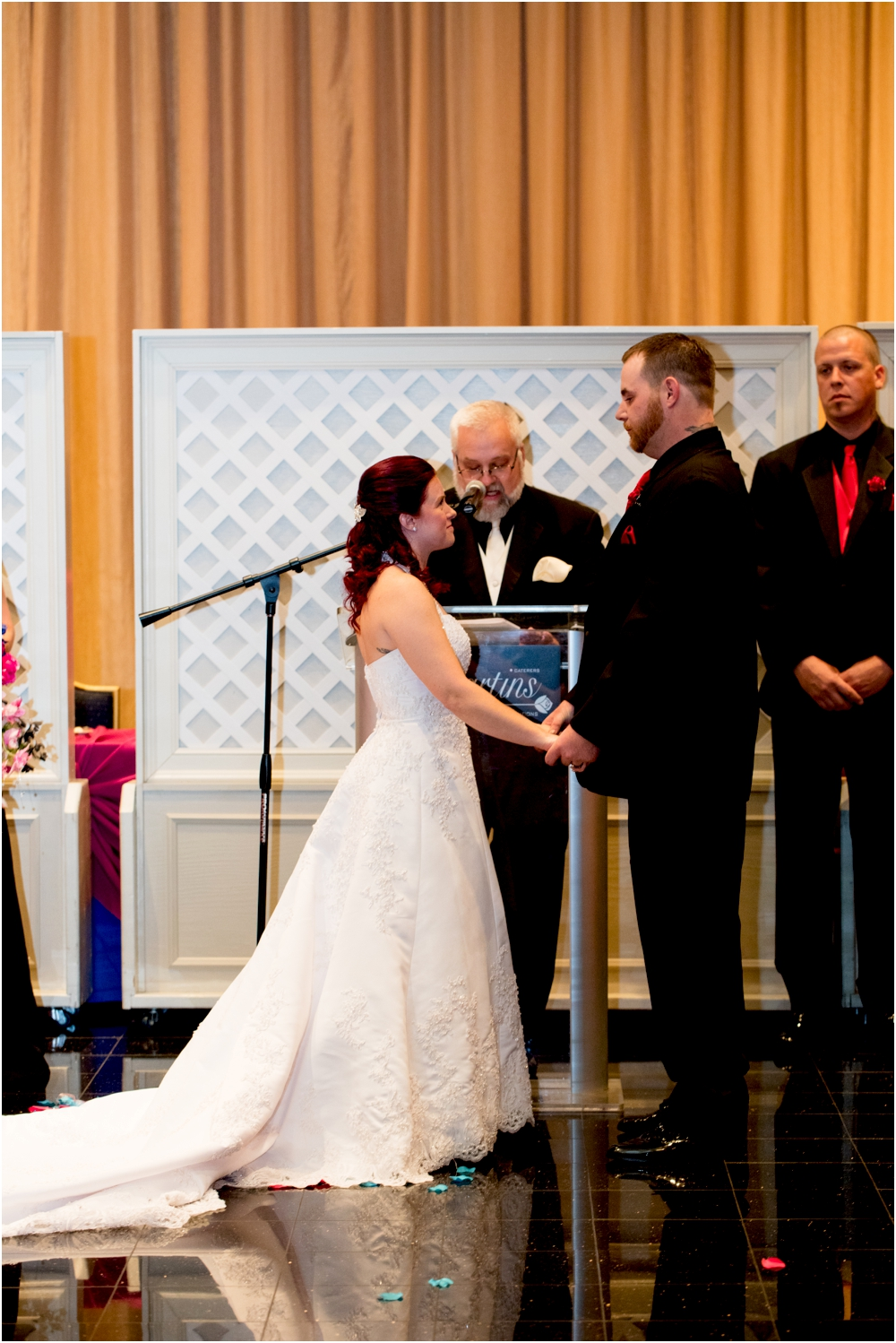crystal mike martins camelot night wedding living radiant photography photos_0037b.jpg