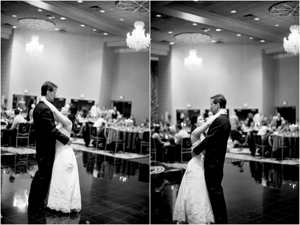crystal mike martins camelot night wedding living radiant photography photos_0058.jpg