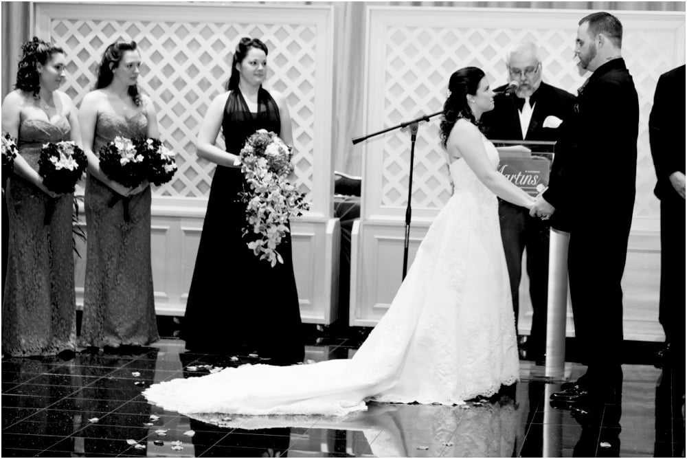 crystal mike martins camelot night wedding living radiant photography photos_0037.jpg