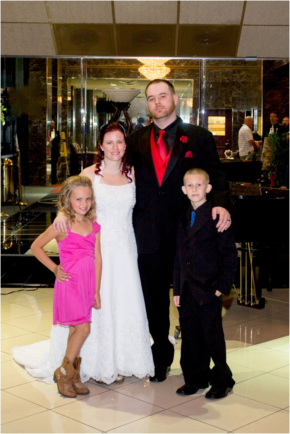 crystal mike martins camelot night wedding living radiant photography photos_0088.jpg