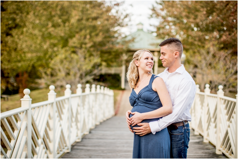laura+luke+annapolis+quiet+waters+anniversary+maternity+session+living+radiant+photography+photos+stomped_0003.jpg