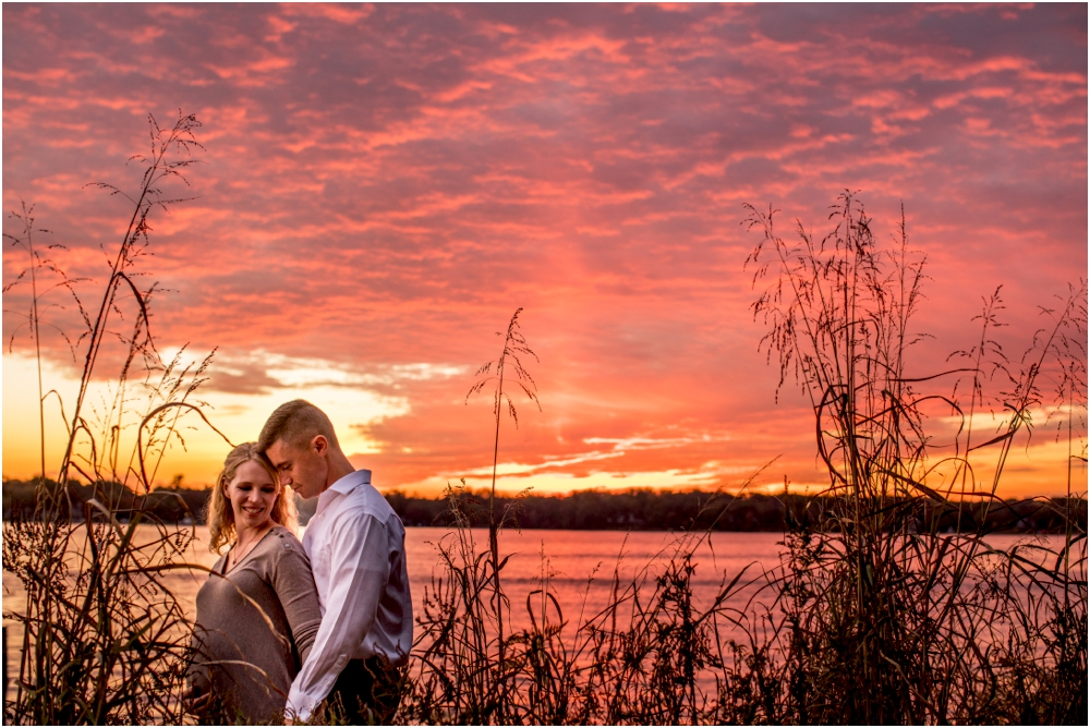 laura+luke+annapolis+quiet+waters+anniversary+maternity+session+living+radiant+photography+photos+stomped_0020.jpg