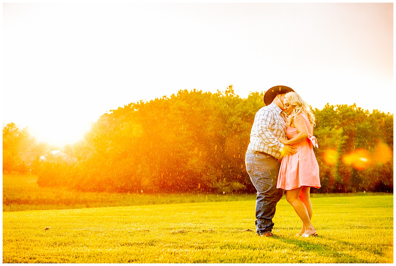 Kaitlin Justin Frederick Country Rainy Engagement Session Living Radiant Photography_0035.jpg