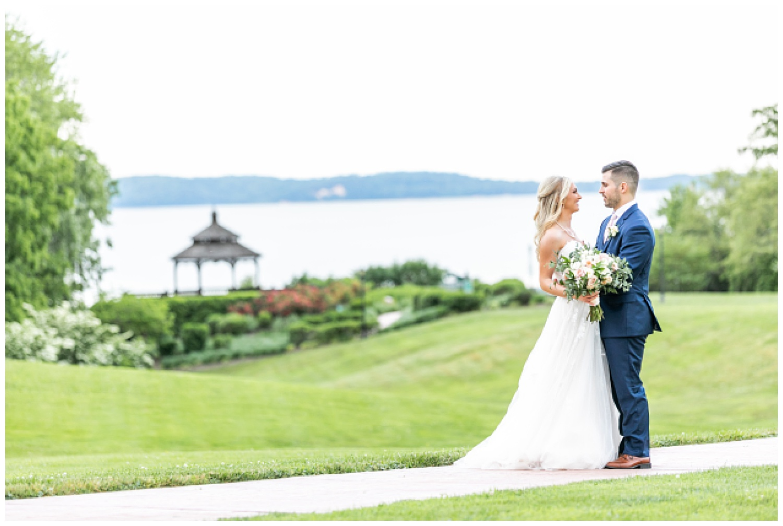 Kelly Mike Swan Harbor Farm Wedding Living Radiant Photography photos_0143.jpg