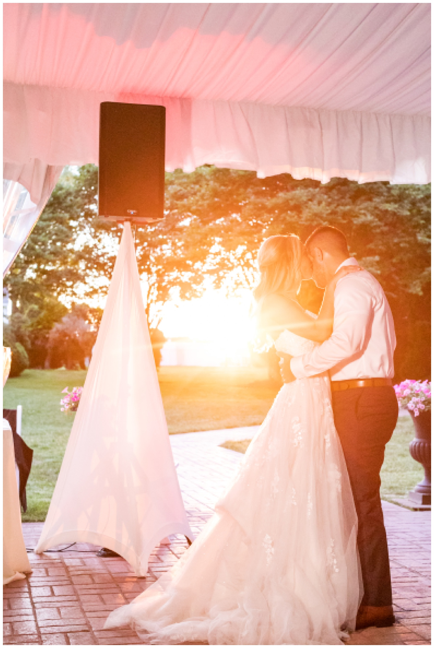 Kelly Mike Swan Harbor Farm Wedding Living Radiant Photography photos_0158.jpg