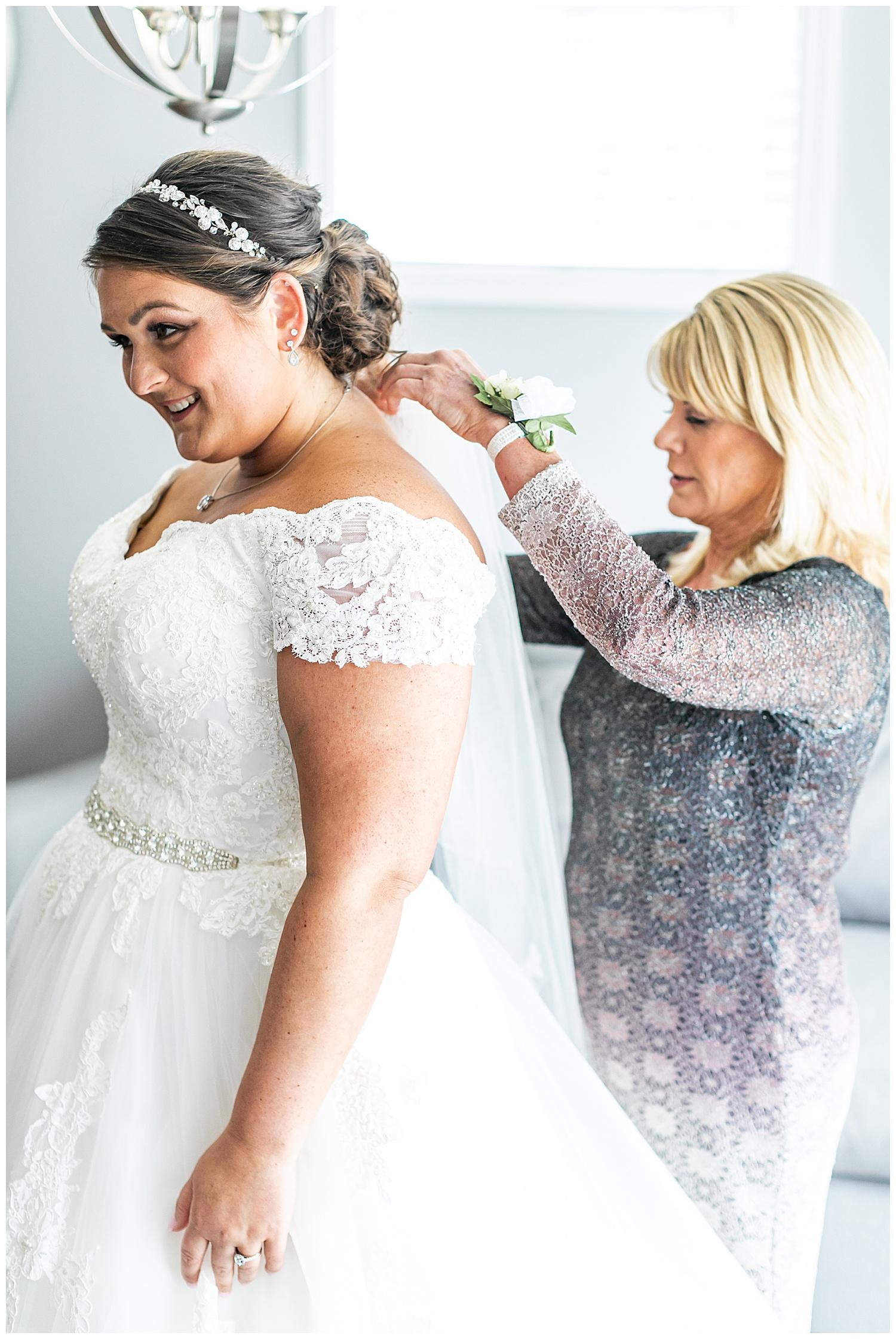 Melissa Jon Eagles Nest Country Club Wedding Living Radiant Photography photos_0017.jpg