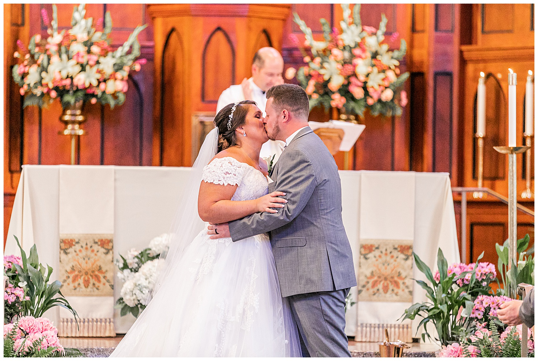 Melissa Jon Eagles Nest Country Club Wedding Living Radiant Photography photos_0059.jpg