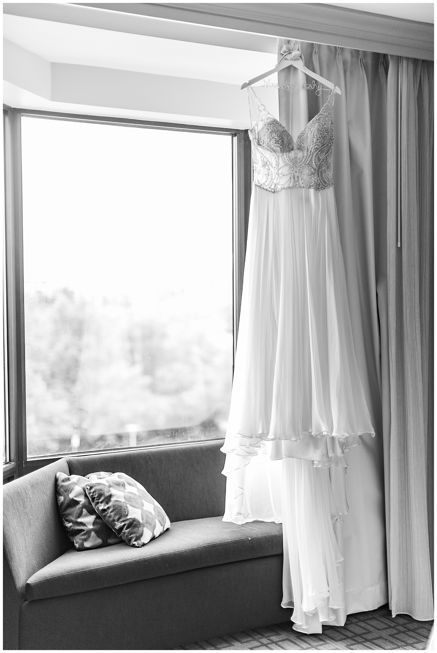 Jenn Brent Baltimore Museum of Industry Wedding Living Radiant Photography photos_0015.jpg