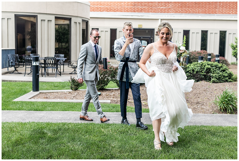 Jenn Brent Baltimore Museum of Industry Wedding Living Radiant Photography photos_0020.jpg