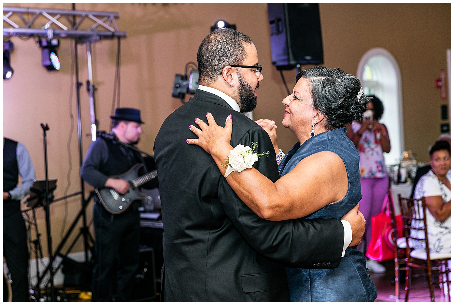 Brittany + Darryl Linwood Estate Wedding Living Radiant Photography photos_0166.jpg