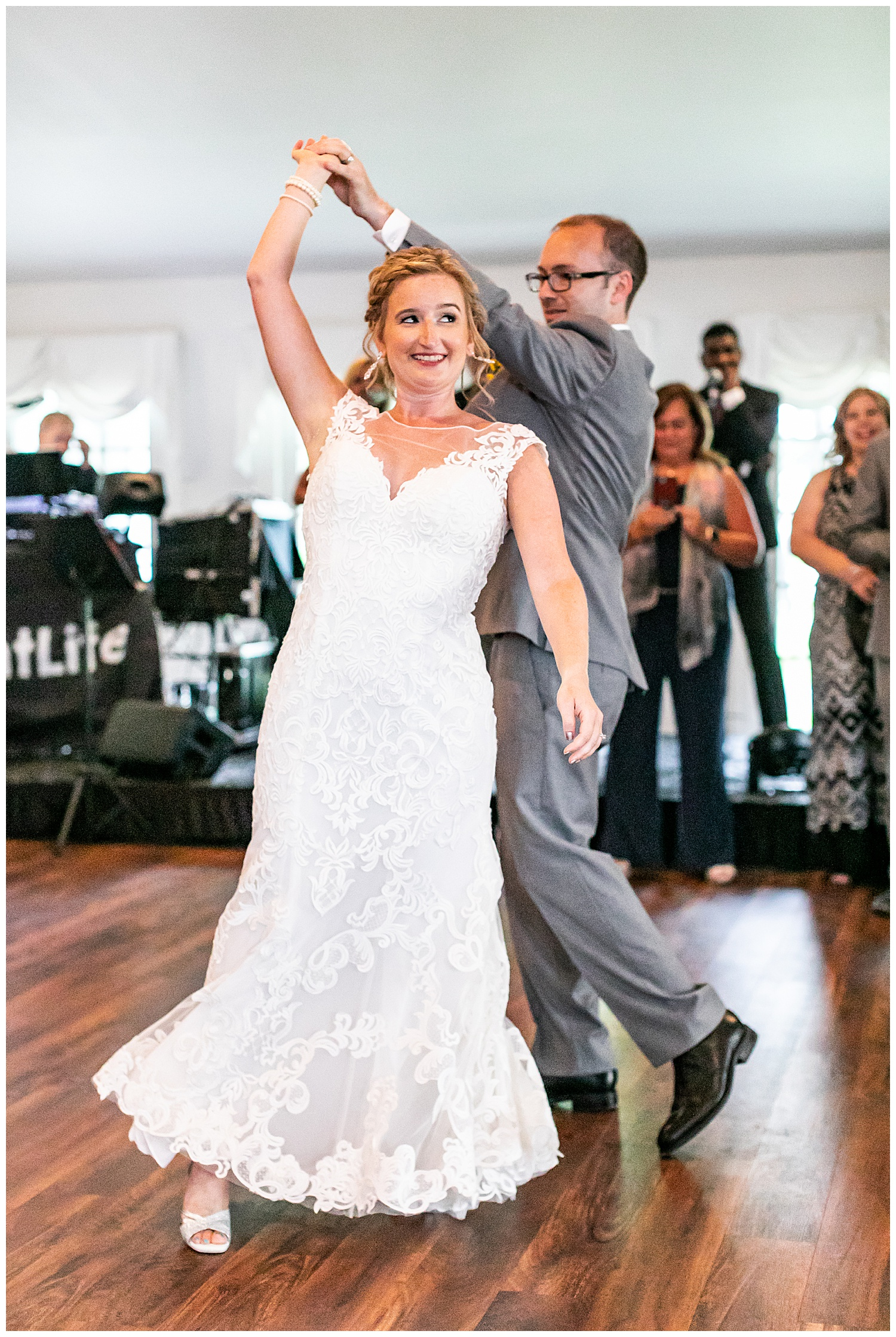 Michelle Shaun Antrim 1844 Wedding Living Radiant Photography photos_0168.jpg