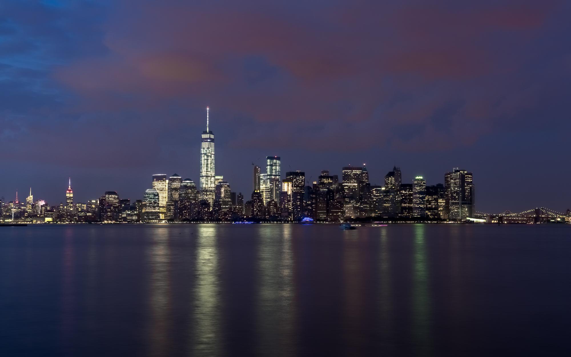 NYC-ManhattanShoreline-2.jpg