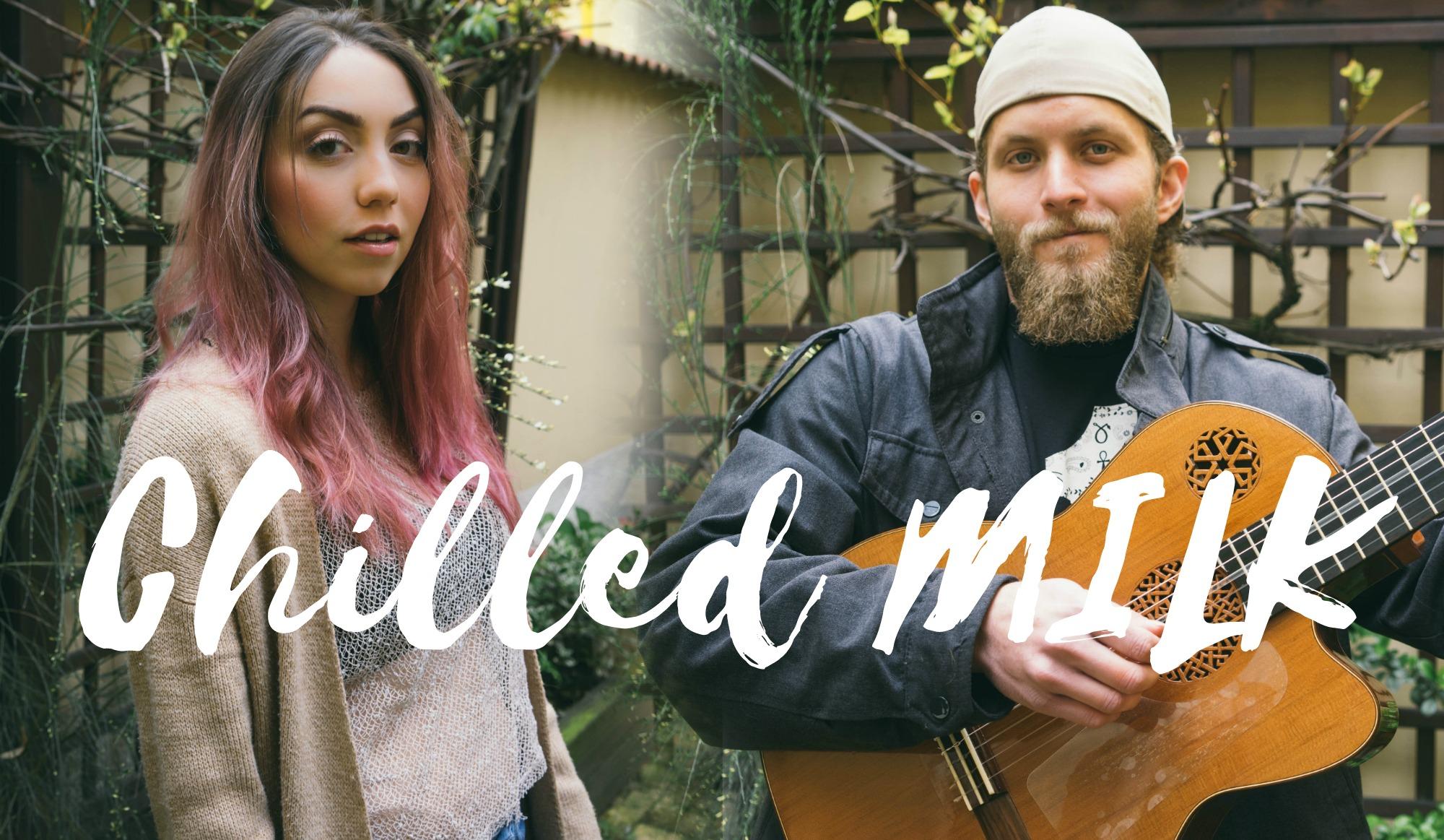 acoustic duo marinaladuda and mileskoblin in prague